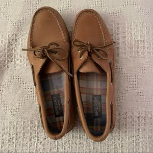 Sperry Classic Leather Boat Shoes / Loafers